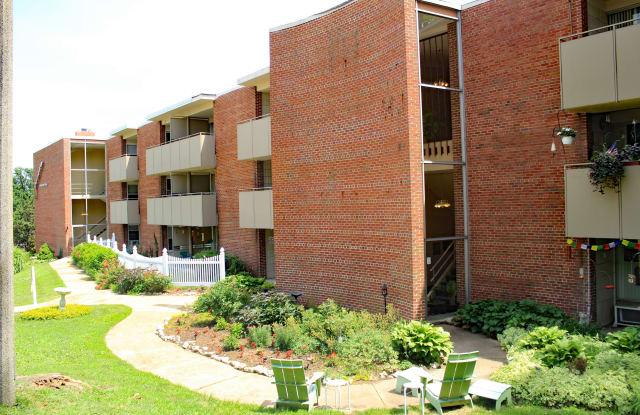 Geneva Apartments - 7030 Nottingham Avenue, St. Louis, MO 63119