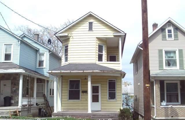 741 Highland Avenue - 741 Highland Avenue, Johnstown, PA 15902