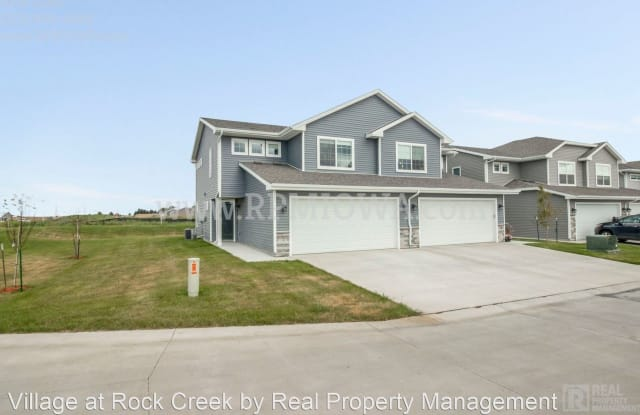 2938 NW 40th Lane - 2938 Northwest 40th Street, Ankeny, IA 50023
