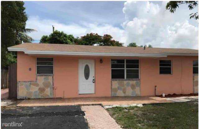 811 NE 52nd Ct - 811 Northeast 52nd Court, Deerfield Beach, FL 33064