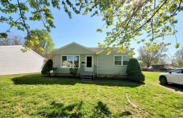 3602 Willow Ave - 3602 Willow Avenue, Jeffersontown, KY 40299