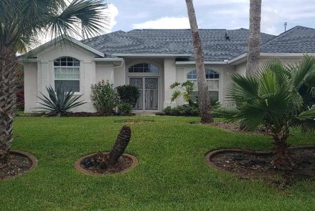 19 Cottonwood Court - 19 Cottonwood Court, Palm Coast, FL 32137