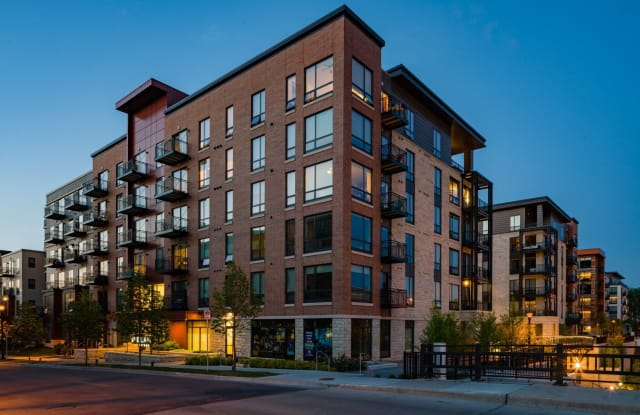 Elan Uptown II - 2837 Emerson Ave S, Minneapolis, MN 55408