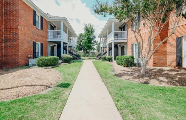 Halcyon Park Apartments - 7880 Taylor Park Rd, Montgomery, AL 36117