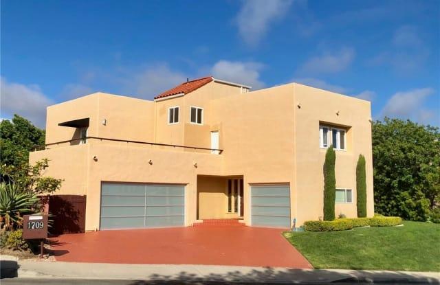 1709 Avenida Salvador - 1709 Avenida Salvador, San Clemente, CA 92672
