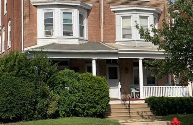 1029 W MARSHALL STREET - 1029 West Marshall Street, Norristown, PA 19401