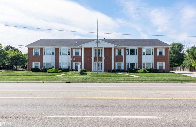 30521 Schoenherr 200A - 30521 Schoenherr Road, Warren, MI 48088