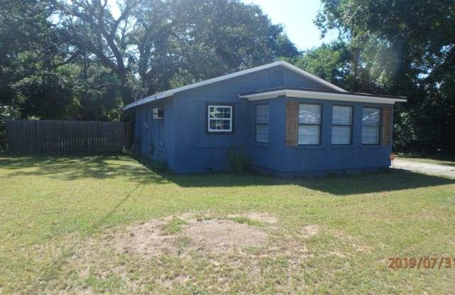 1110 N D ST - 1110 North D Street, Pensacola, FL 32501