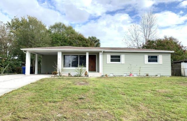 11725 FOREST HILLS DRIVE - 11725 North Forest Hills Drive, Lake Magdalene, FL 33612