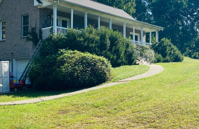 5328 Smiley Hollow Road - 5328 Smiley Hollow Rd, Robertson County, TN 37073