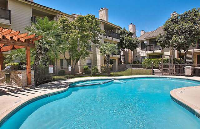 Turtle Creek Vista Apartments - 3629 Medical Dr, San Antonio, TX 78229