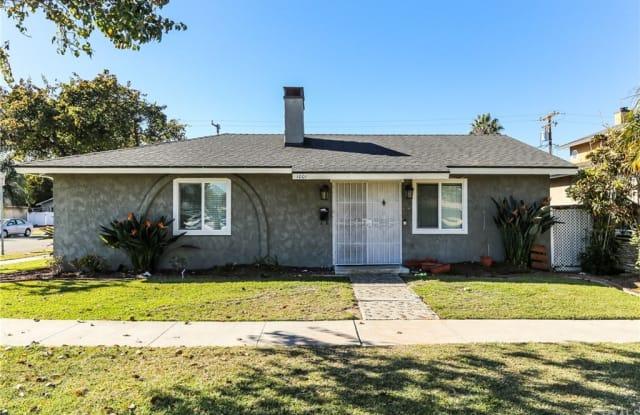 1001 Delaware Street - 1001 Delaware Street, Huntington Beach, CA 92648