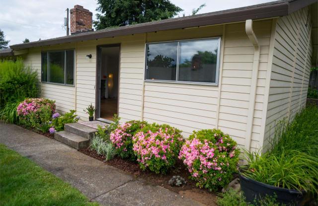 1329 Z St, Unit F - 1329 Z Street, Vancouver, WA 98661