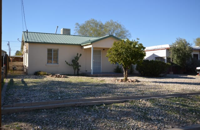 649 N Desert Avenue - 649 North Desert Avenue, Tucson, AZ 85711