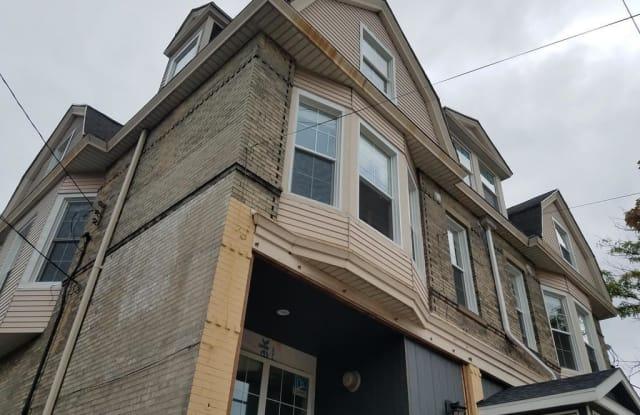 1818 N Humboldt Ave Unit 201 - 1818 North Humboldt Avenue, Milwaukee, WI 53202