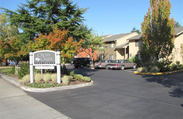 Cross Creek Apartments - 4160 124th Ave SE, Bellevue, WA 98006