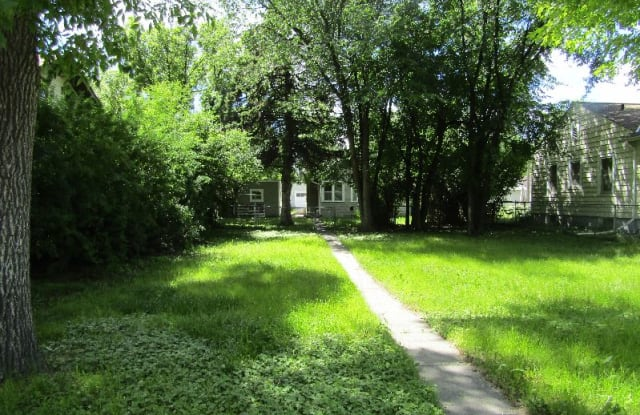 712 2nd Ave SW - 712 2nd Avenue Southwest, Great Falls, MT 59404