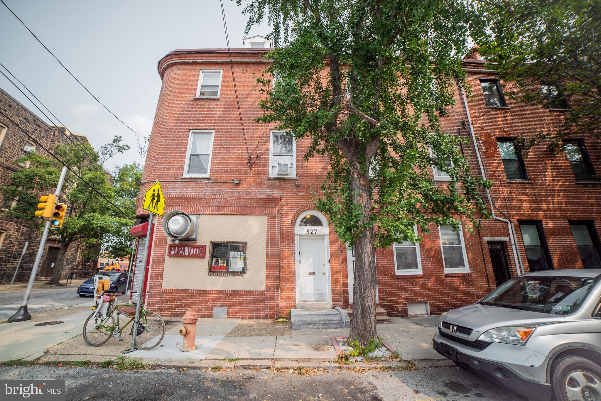 527 Fairmount Avenue Philadelphia Pa Apartments For Rent