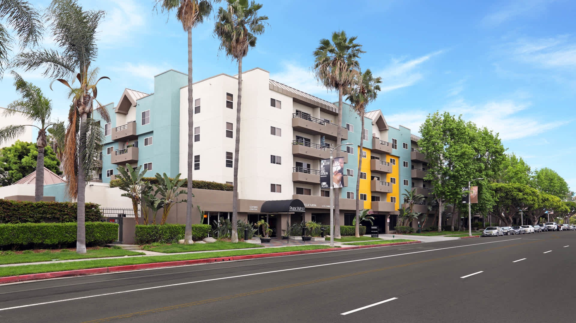 100 Best Pet Friendly Apartments in Los Angeles, CA