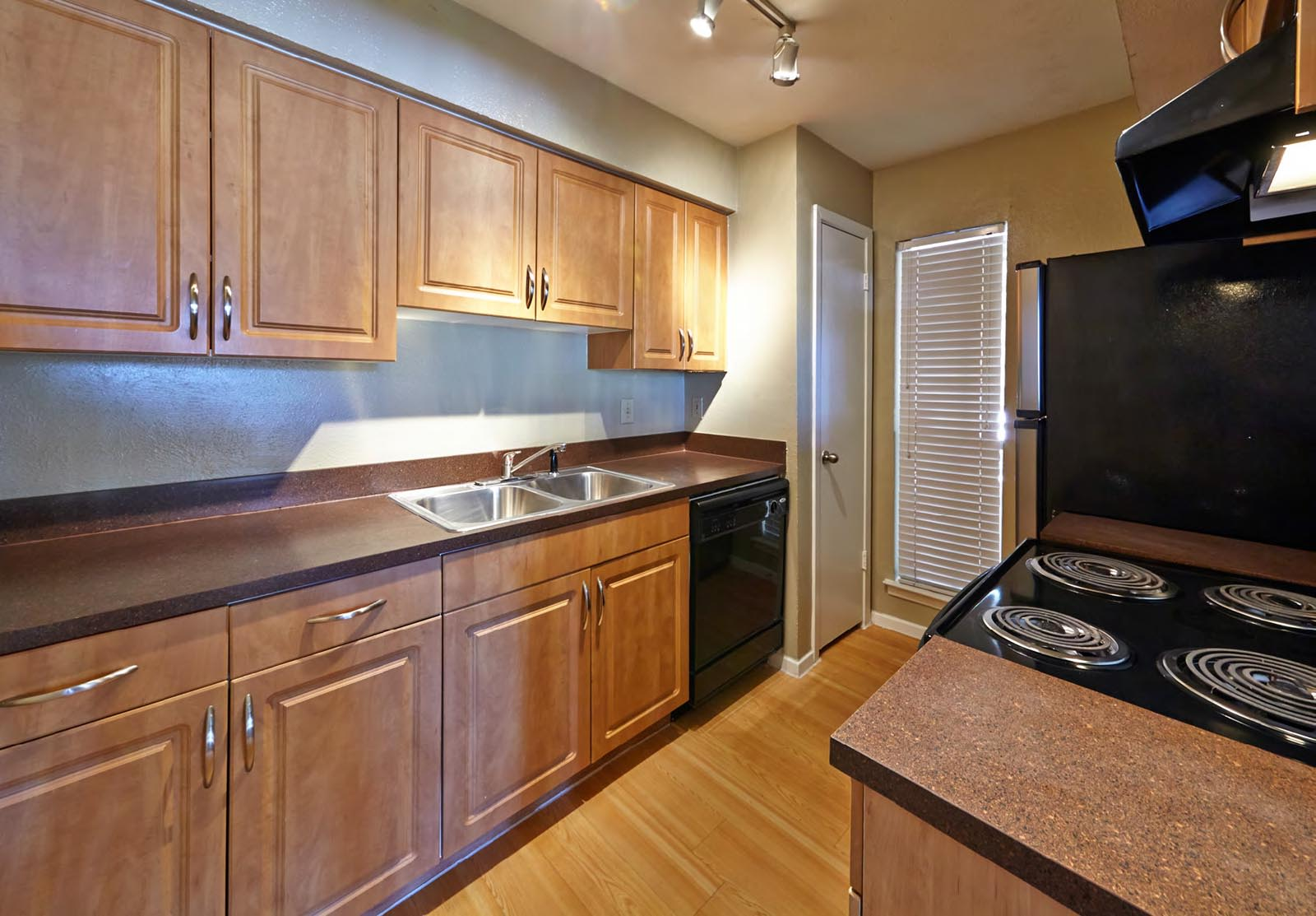 Apartments in Woodhaven, Fort Worth, TX (see photos, floor plans ...