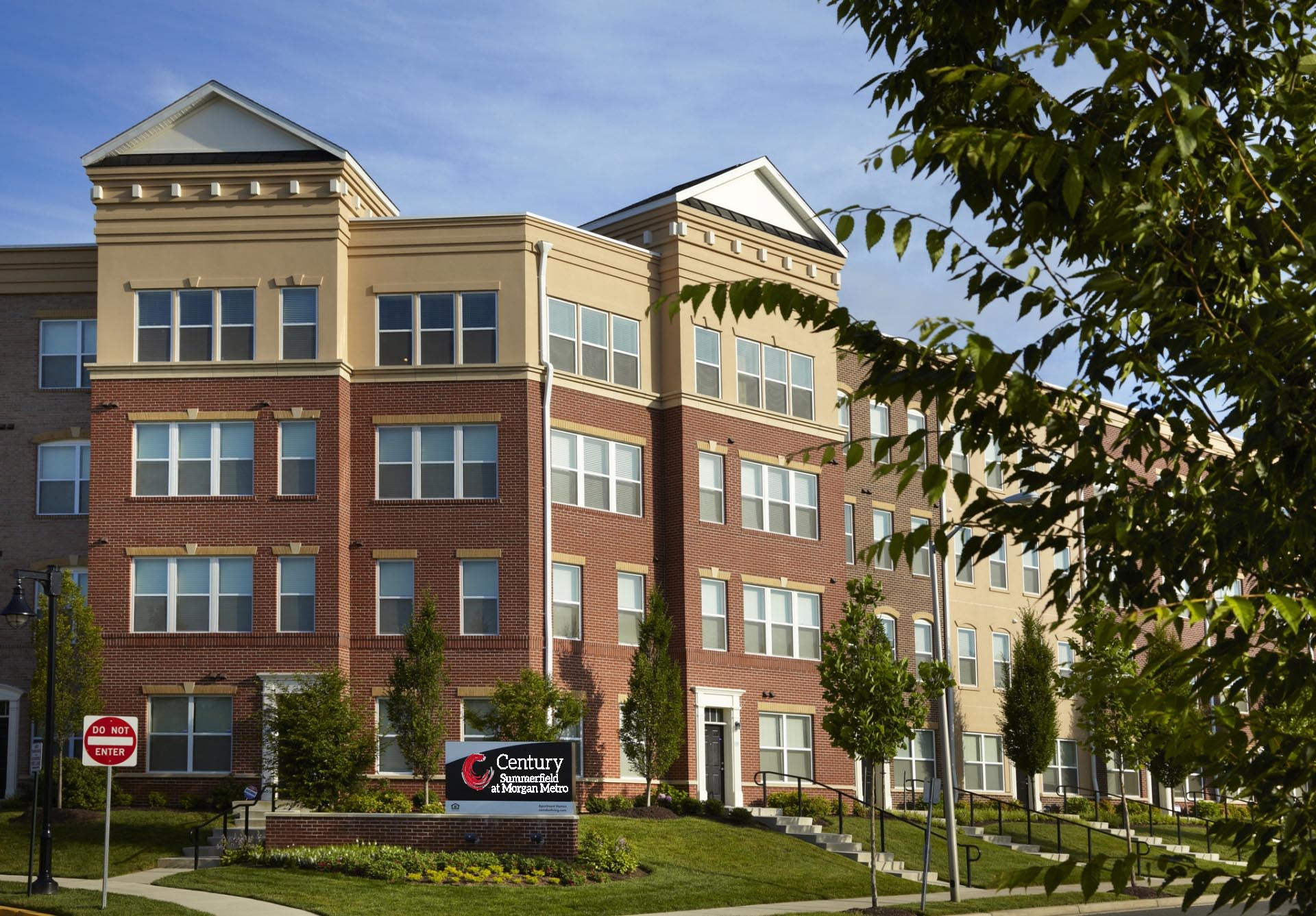 Century Summerfield @ Morgan Metro - Apartments for rent