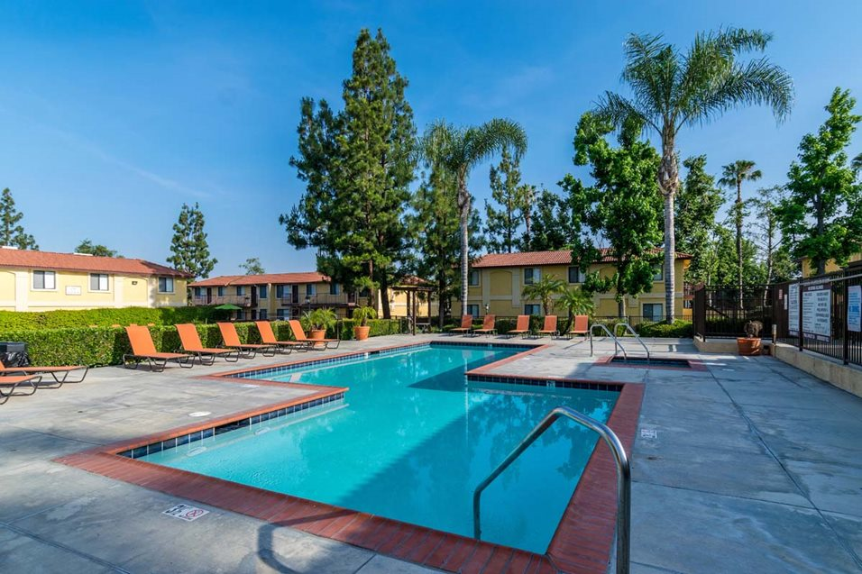 Apartments in Mission Grove, Riverside, CA (see photos, floor plans ...