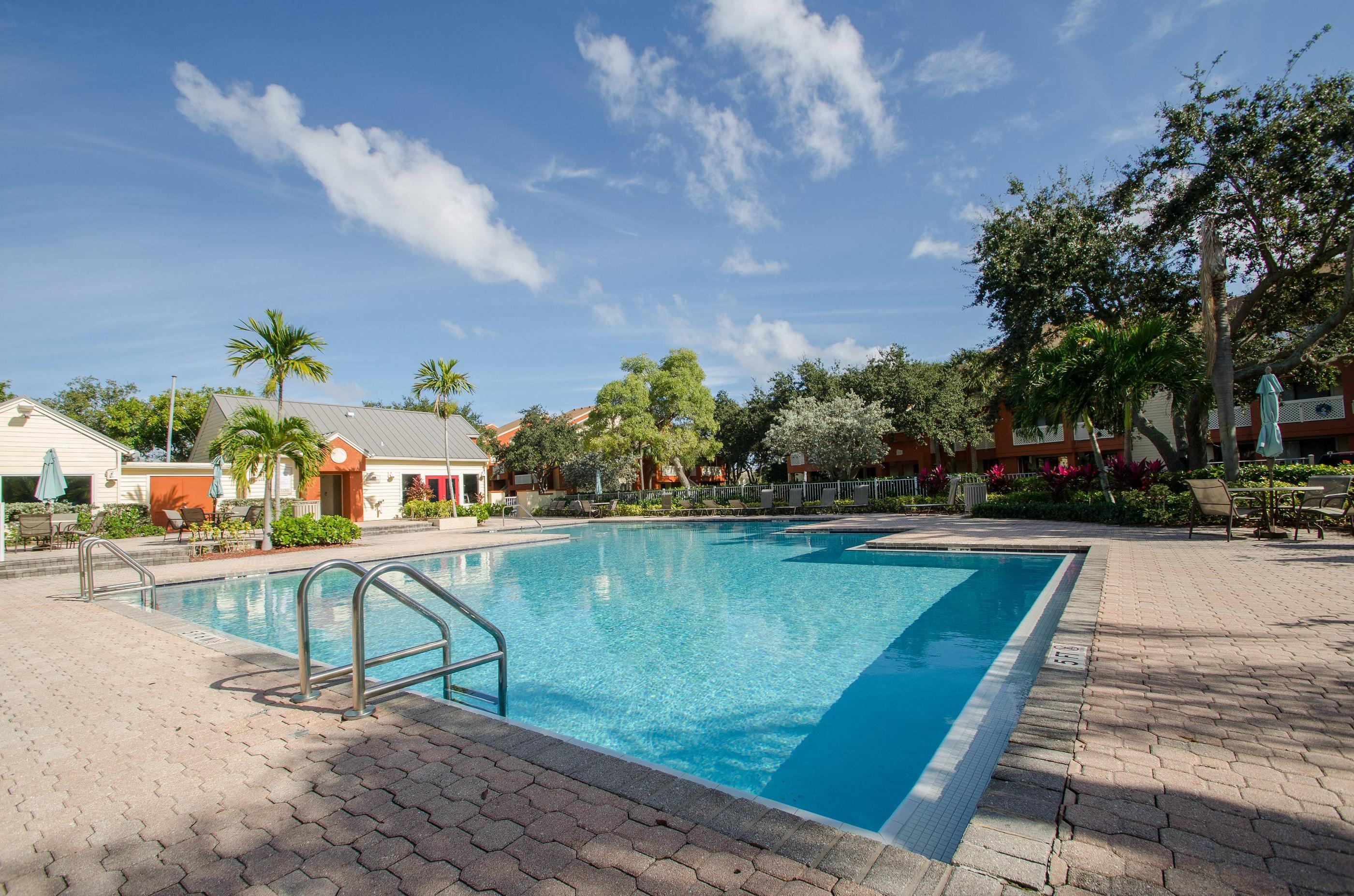 top apartments for rent under 1100 in delray beach fl