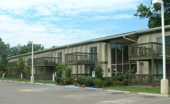 Arbor Grove Apartments