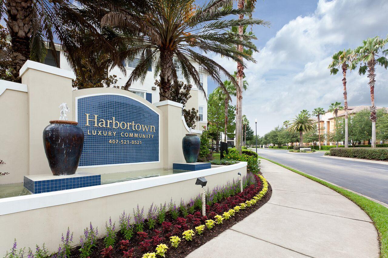 Gates of Harbortown
