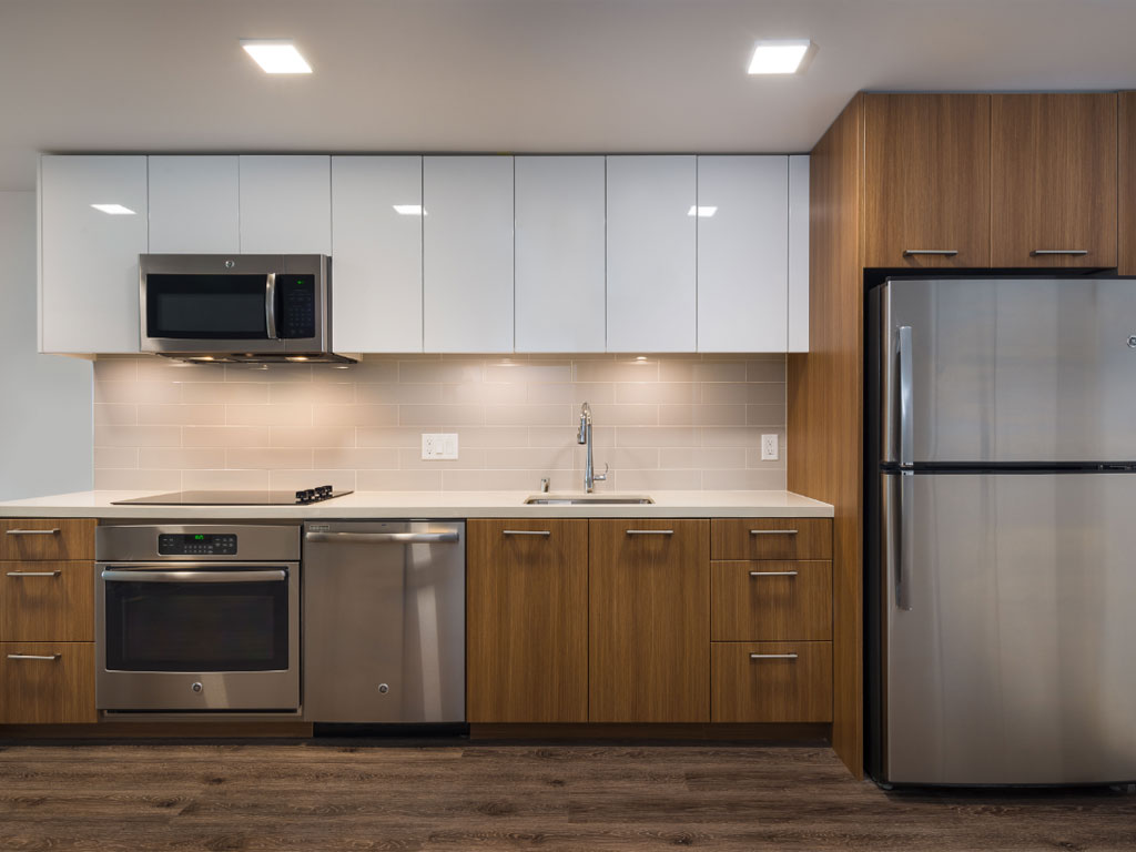 923 Luxury Condos for Rent in