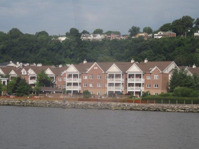 Edgewater NJ