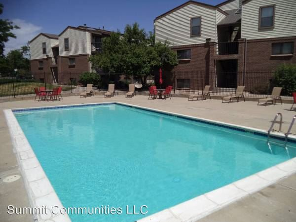 Image of Parkside Apartments at 2300 W 76th Ave Denver CO