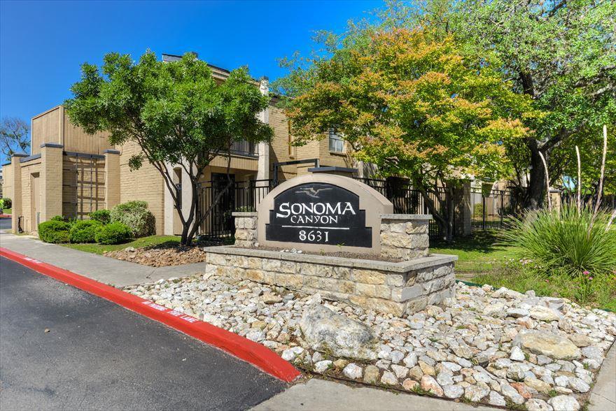 Sonoma Canyon Apartments