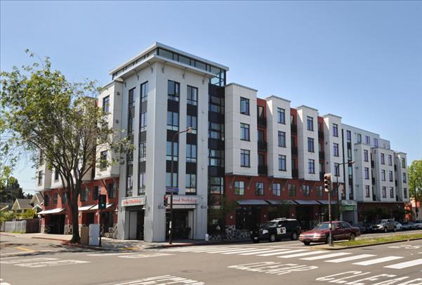 Berkeley Apartments - Acton Courtyard
