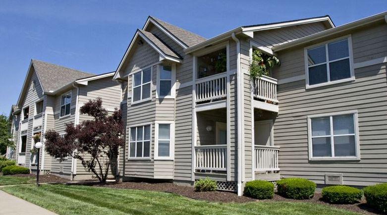 Image of Stone Ridge Apartments at 5100 Conser St Mission KS