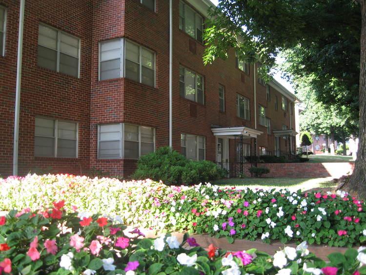 The Roanoke Apartments