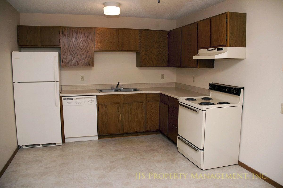 Lone Oak Apartments