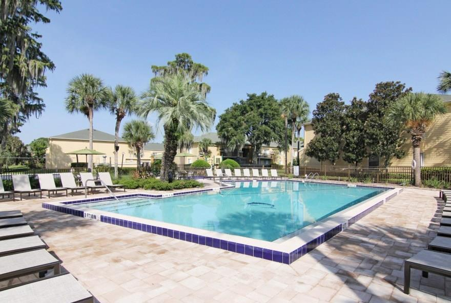 Image of Avesta Shore Club at 3211 S Semoran Blvd Orlando FL