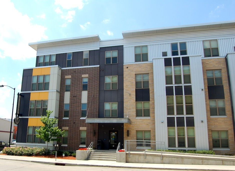 Image of Metro Lofts at 100 2nd Ave Des Moines IA