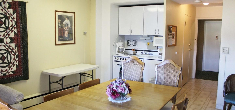 Mount Royal Manor Apartment