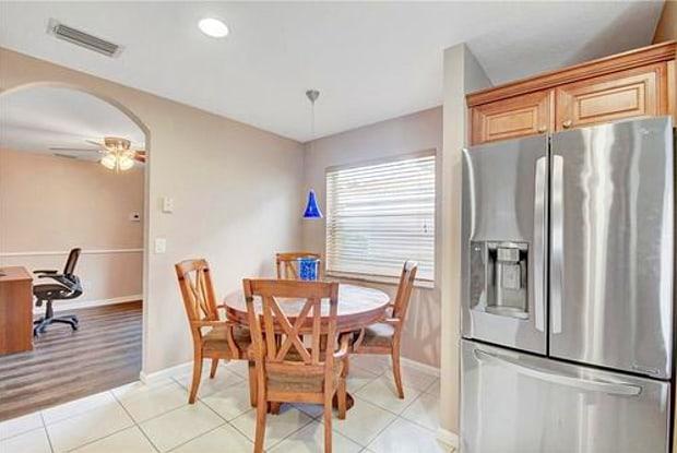 4957 Pelican Manor - 4957 Pelican Manor, Coconut Creek, FL 33073