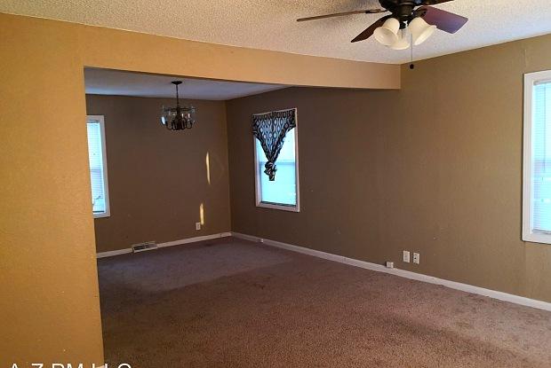 5043 BELMEADE RD - 5043 Belmeade Road, Kansas City, MO 64129