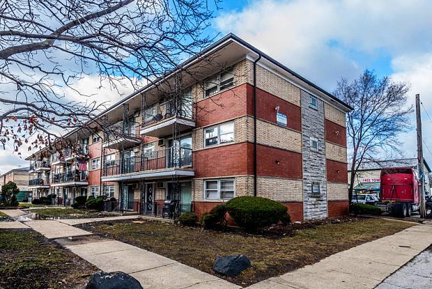 1121 W 127th St - 1121 W 127th Street, Calumet Park, IL 60827
