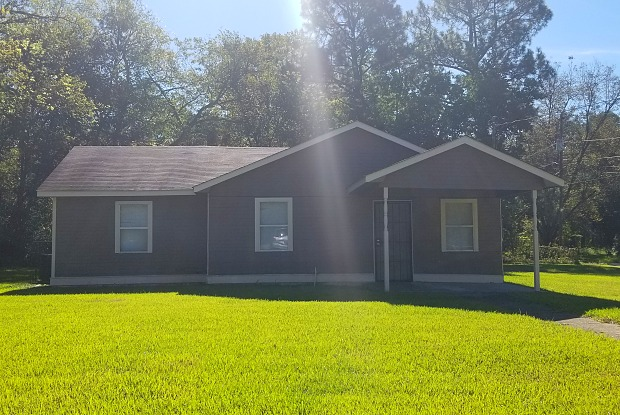 3879 Southmont Dr - 3879 Southmont Drive, Montgomery, AL 36105