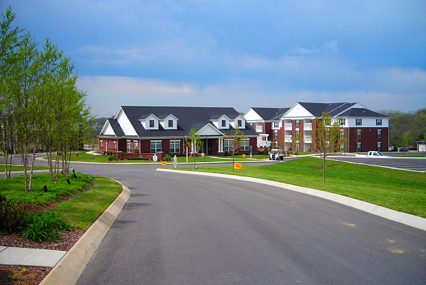 Wellington Farms Apartments - 273 Big Station Camp Blvd, Gallatin, TN 37066