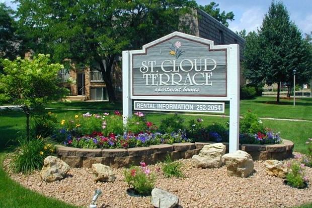 Saint Cloud Terrace - 825 9th Ave S, St. Cloud, MN 56301
