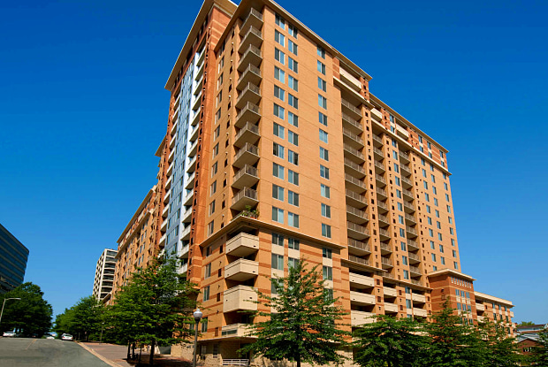 1800 Oak Apartments - 1800 N Oak St, Arlington, VA 22209
