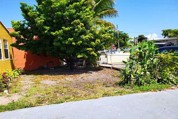 2107 FUNSTON ST - 2107 Funston Street, Hollywood, FL 33020