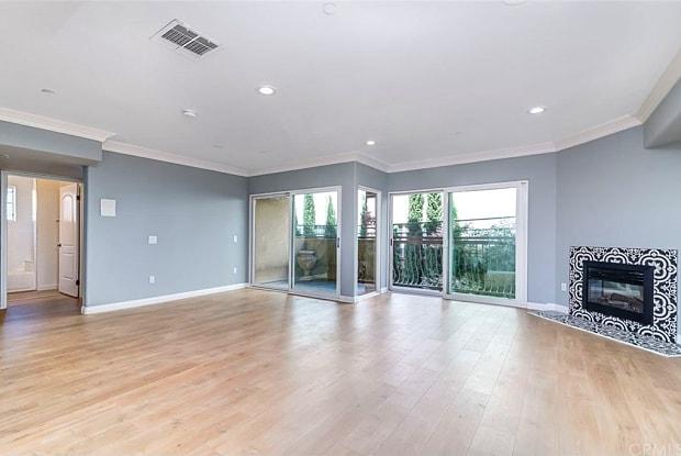 3855 Ingraham Street - 3855 W Ingraham St, Los Angeles, CA 90010
