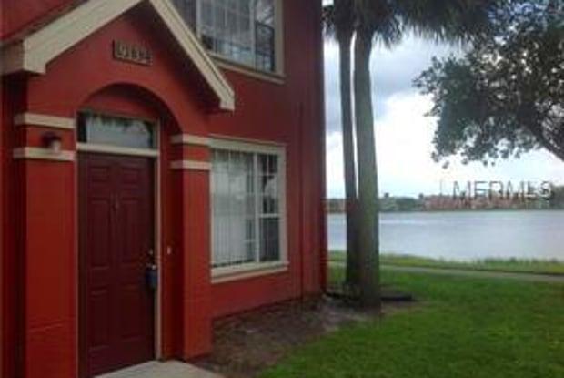9132 LAKE CHASE ISLAND WAY - 9132 Lake Chase Island Wy, Westchase, FL 33626